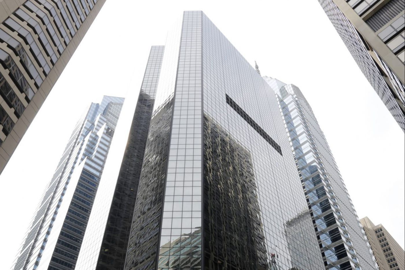 Equity Commonwealth of Chicago is selling 1600 Market St. office tower