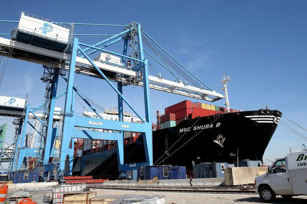 Philadelphia Port gets an ultra-large visitor: Its biggest container ship ever