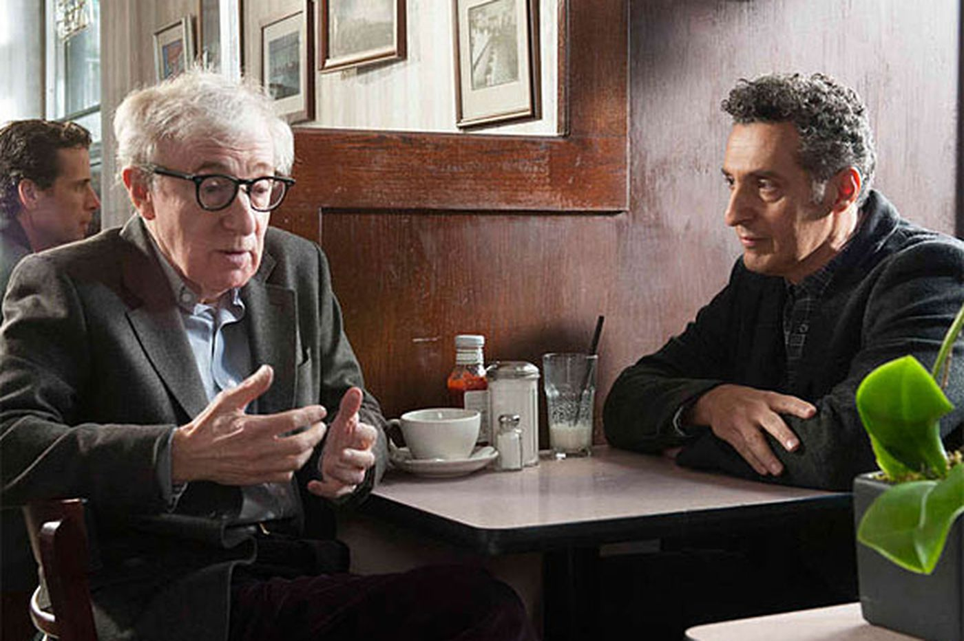 Fading Gigolo: Fanciful, fluffy comedy with Woody Allen as pimp