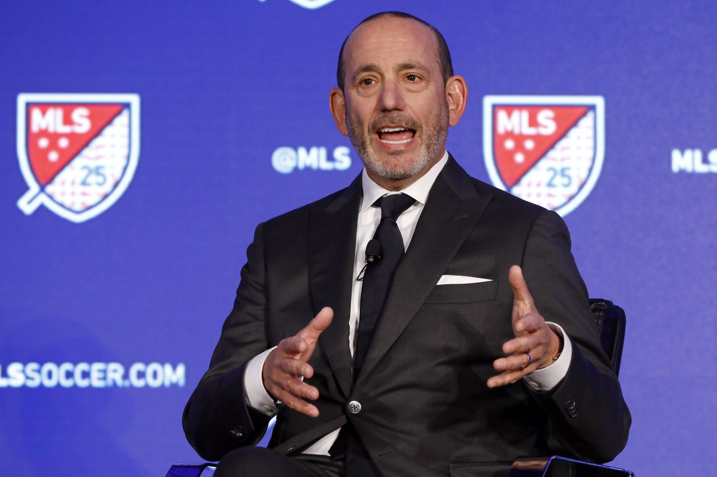 MLS offers to back off player pay cuts in exchange for 2-year extension of CBA
