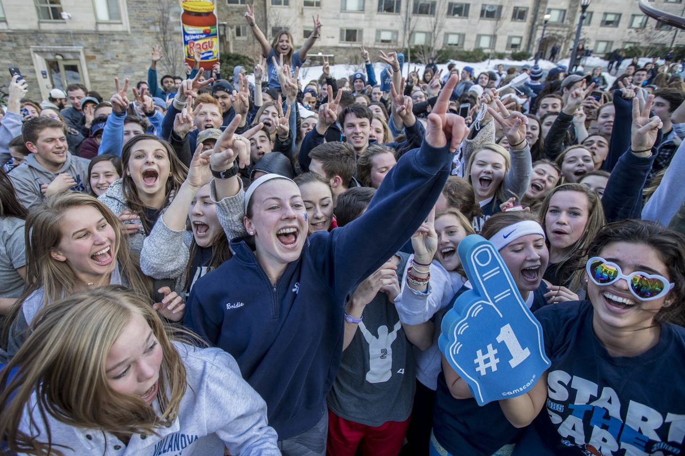 The best bars to watch Villanova basketball in the NCAA championship against Michigan