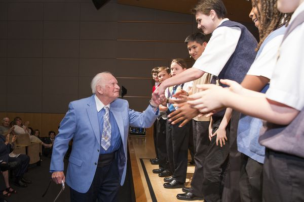 As a boy, he secretly defied the Nazis in a concentration camp. Now 89, he's honored by Keystone choir boys as young as he once was.