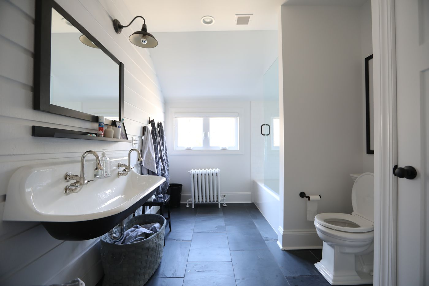 Ask Jennifer Adams: Wheelchair-accessible ideas for any guest bathroom