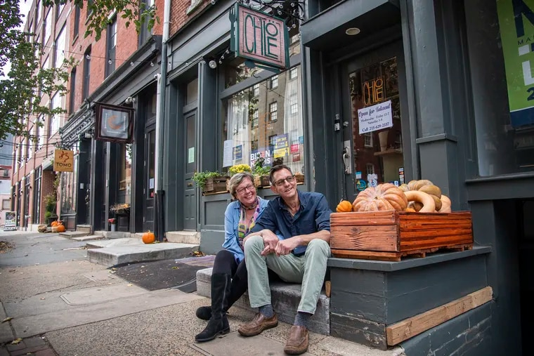 Mary Ann Ferrie and Dan Grimes outside Chloe in Old City in November 2020.