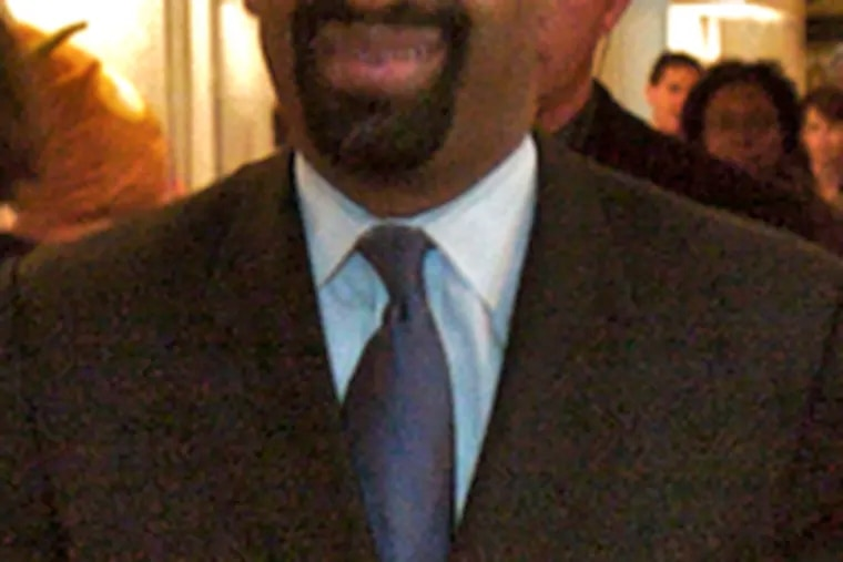 Mayor-elect Michael Nutter had sought to force all mayoral candidates to abide by a 2003 law limiting contributions.