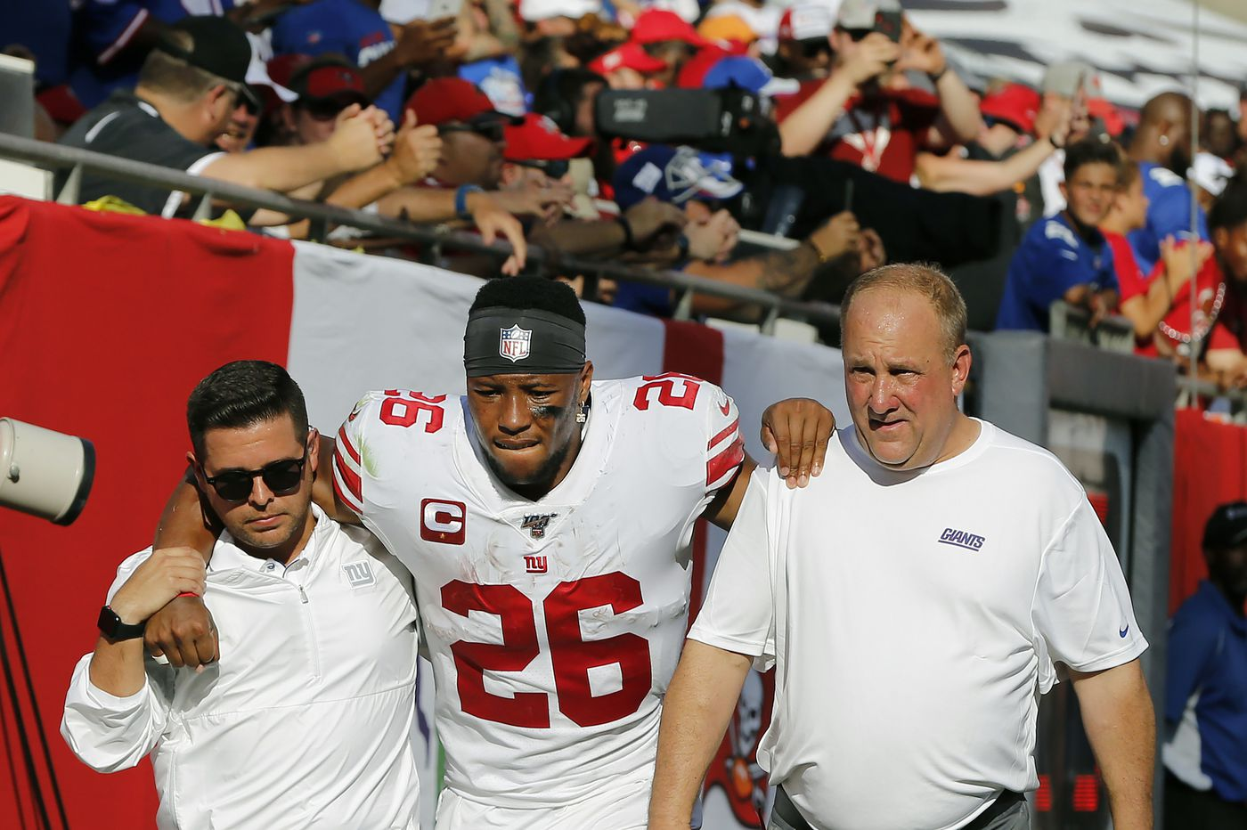 Saquon Barkley out for Giants following first half injury against the Buccaneers