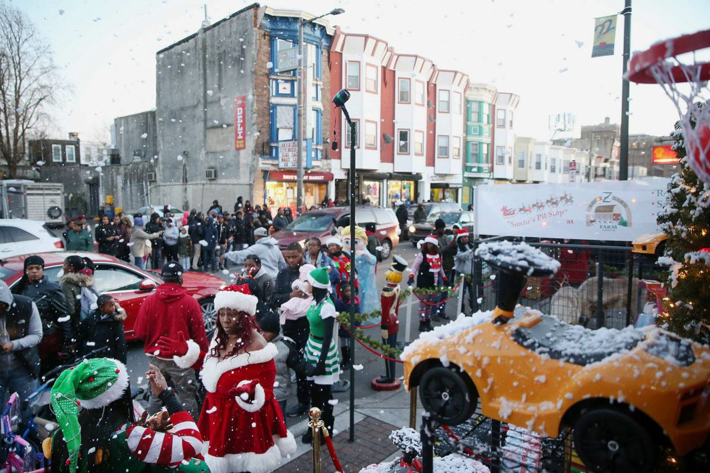 Camel prom mom hosts epic Christmas toy giveaway in North Philly