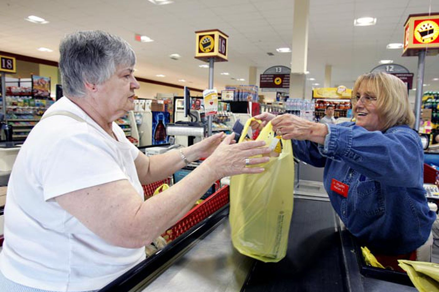 Pa. bill would tax 2 cents on each new plastic bag