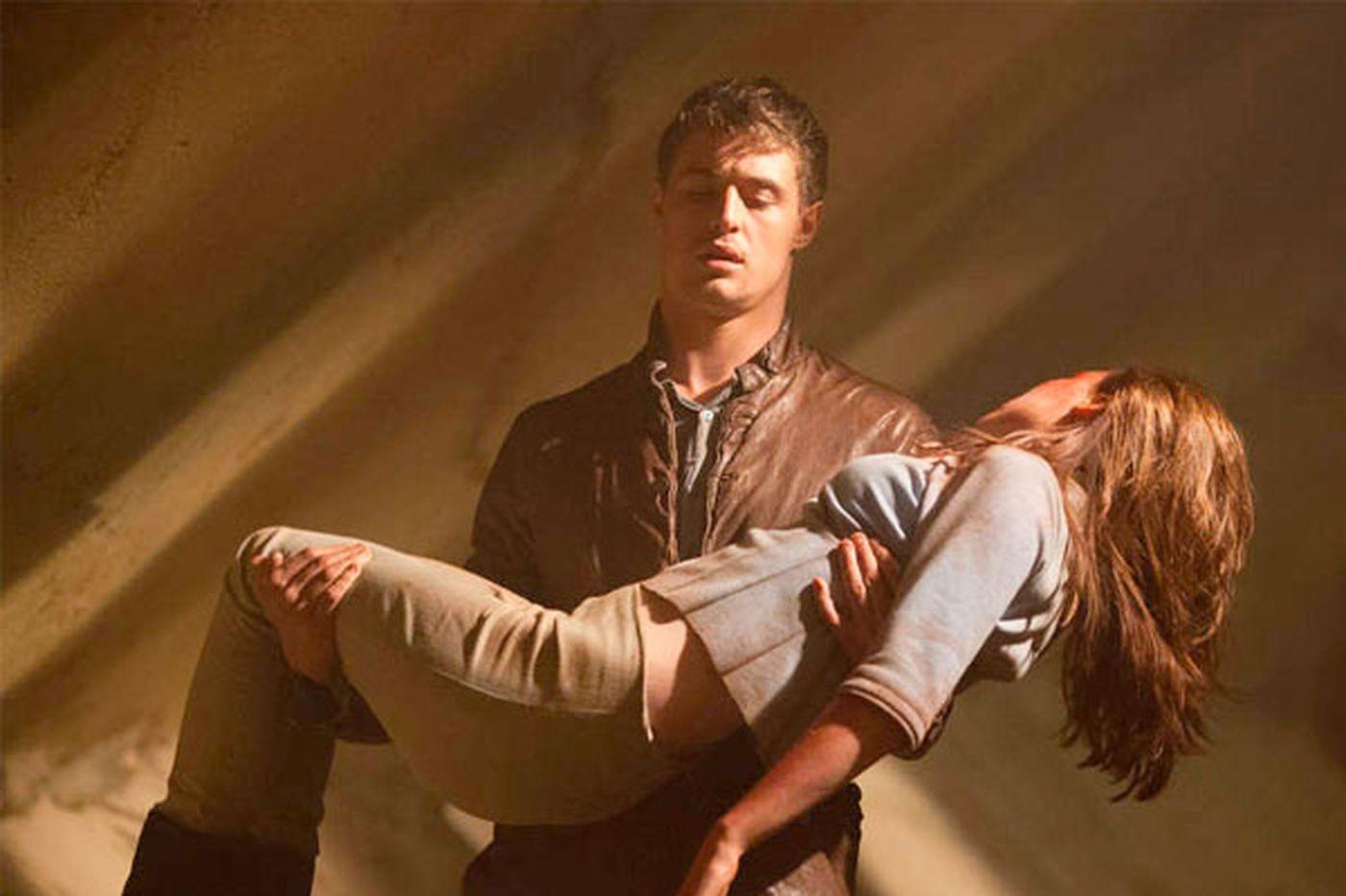'The Host': Sci-fi romance lacks energy, passion
