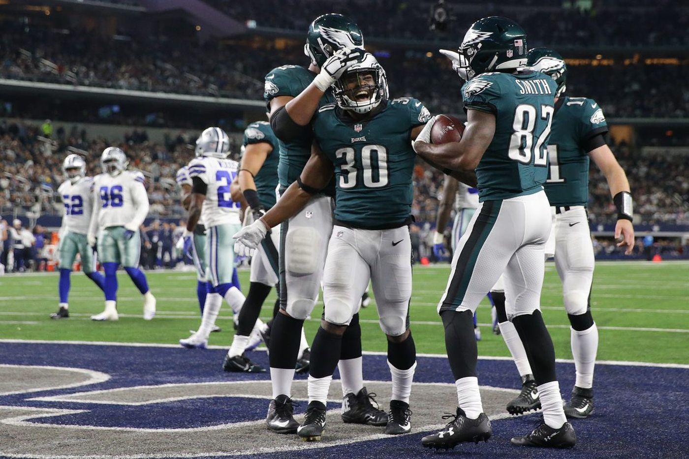 Eagles show Cowboys and Philadelphia they have the stuff to be champions | Mike Sielski