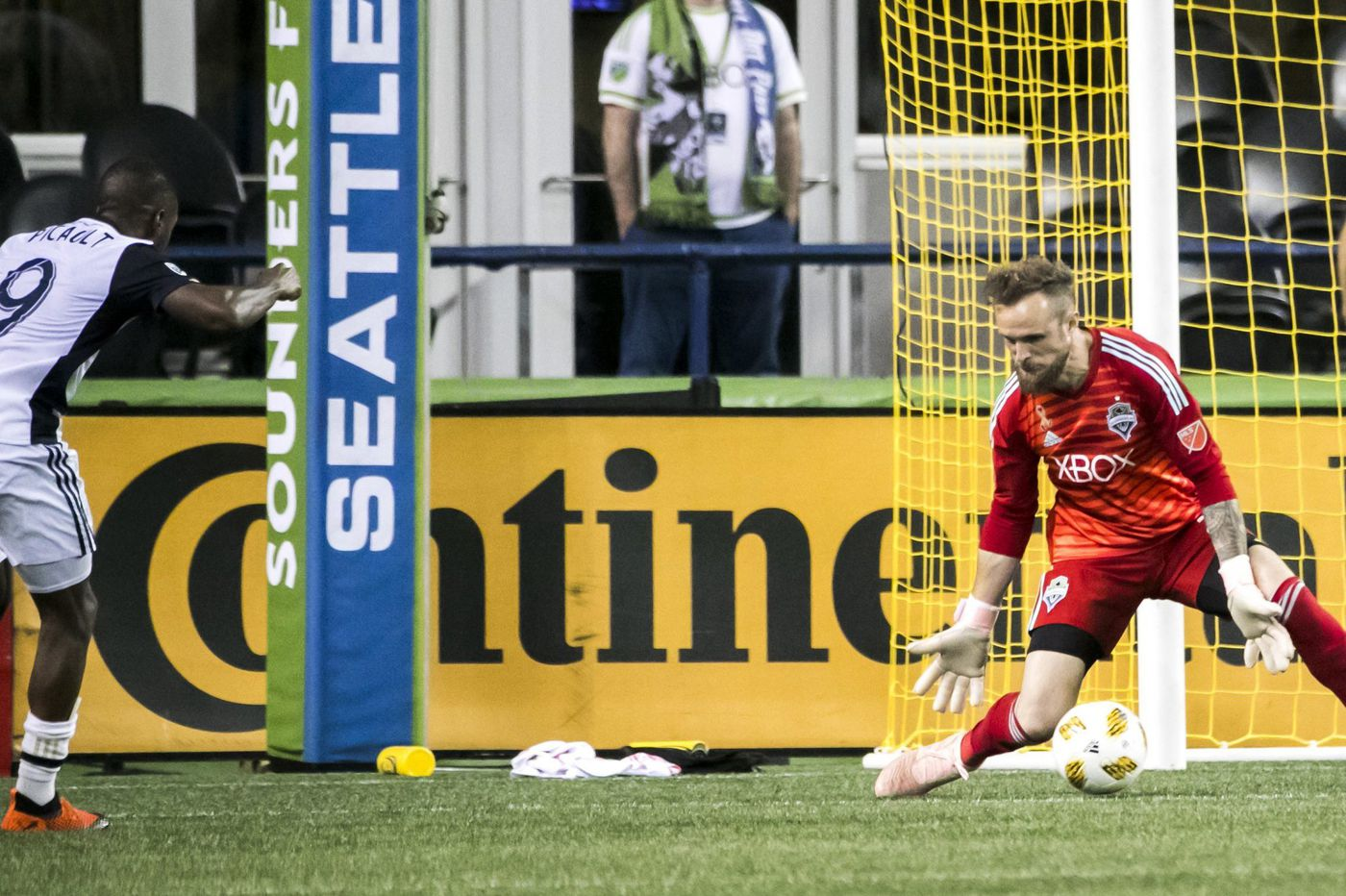 Union beat dominant Sounders behind Fafa Picault's clutch goal