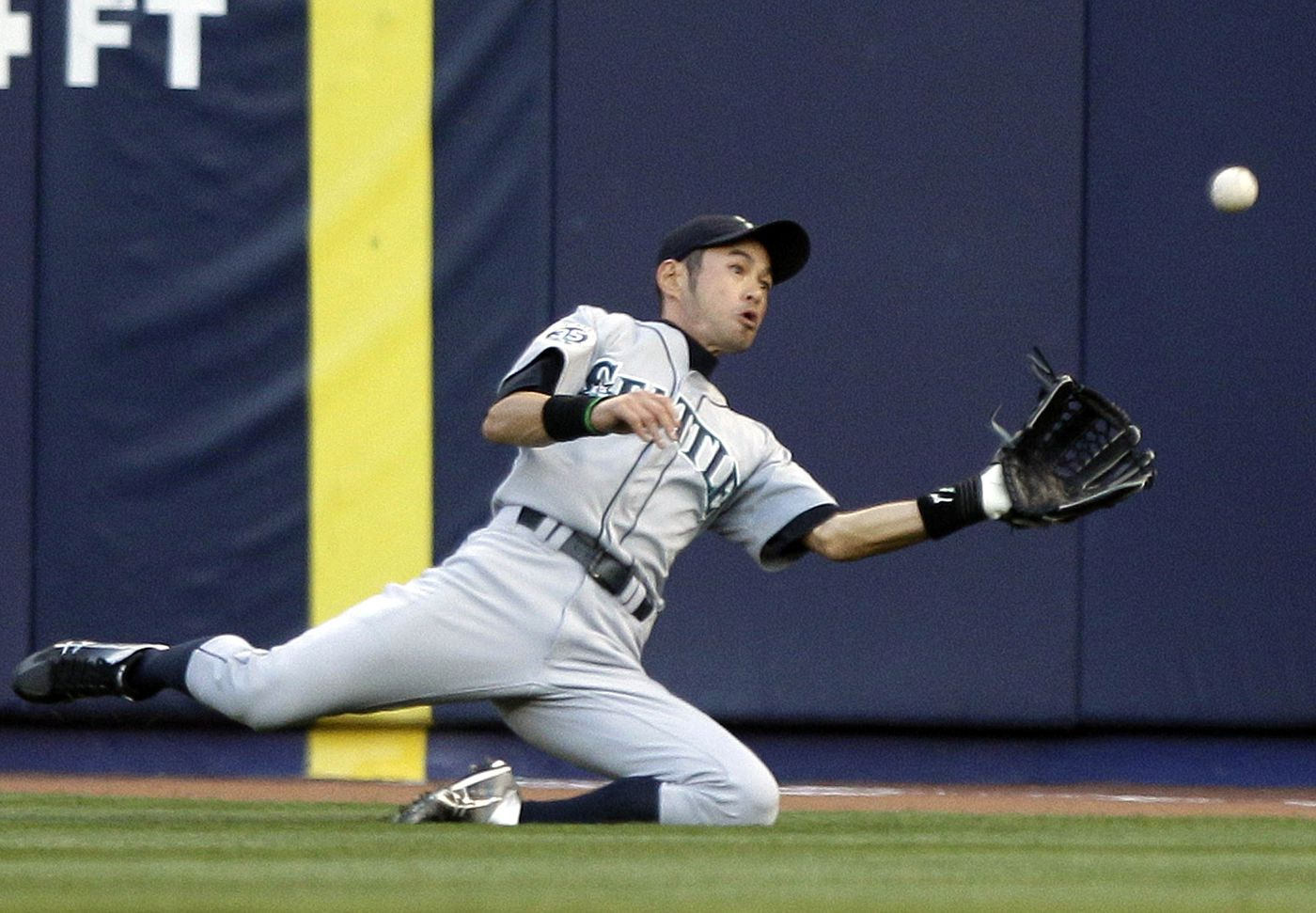 American League Preview Odds Picks And Moves For The 2018 Mlb Season Ichiro Young Red File Photo Future Hall Of Famer Suzuki Is Back With Mariners