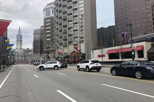 City workers turn Philadelphia's iconic Parkway into an illegal parking lot, and others follow | Inga Saffron