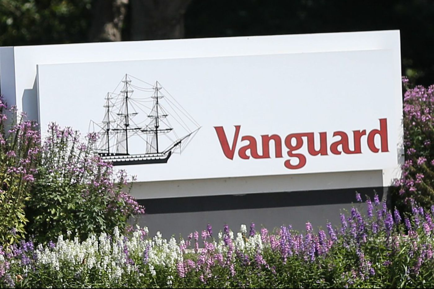 Vanguard, low-cost king, has some advice for advisers on price