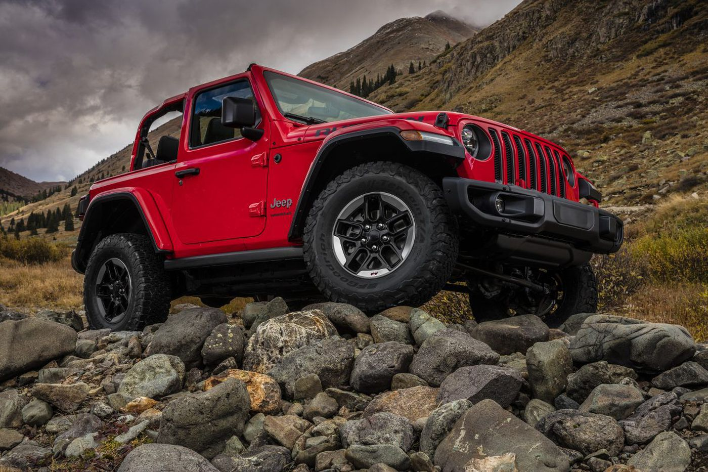 2018 Jeep Wrangler gets a refresh that remains true to its soul