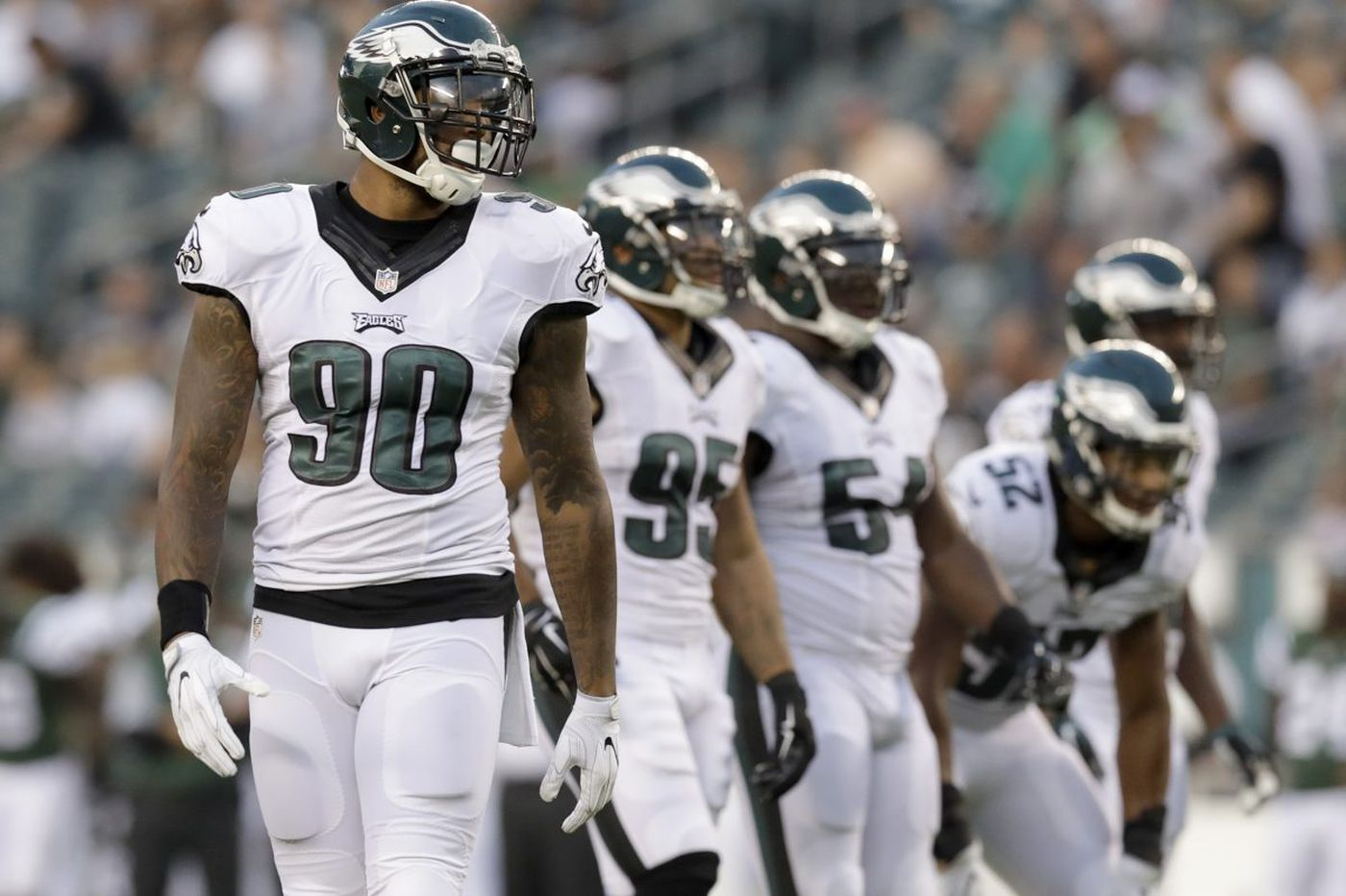 Eagles issue fond farewell to Allen Barbre; Marcus Smith? Not so much