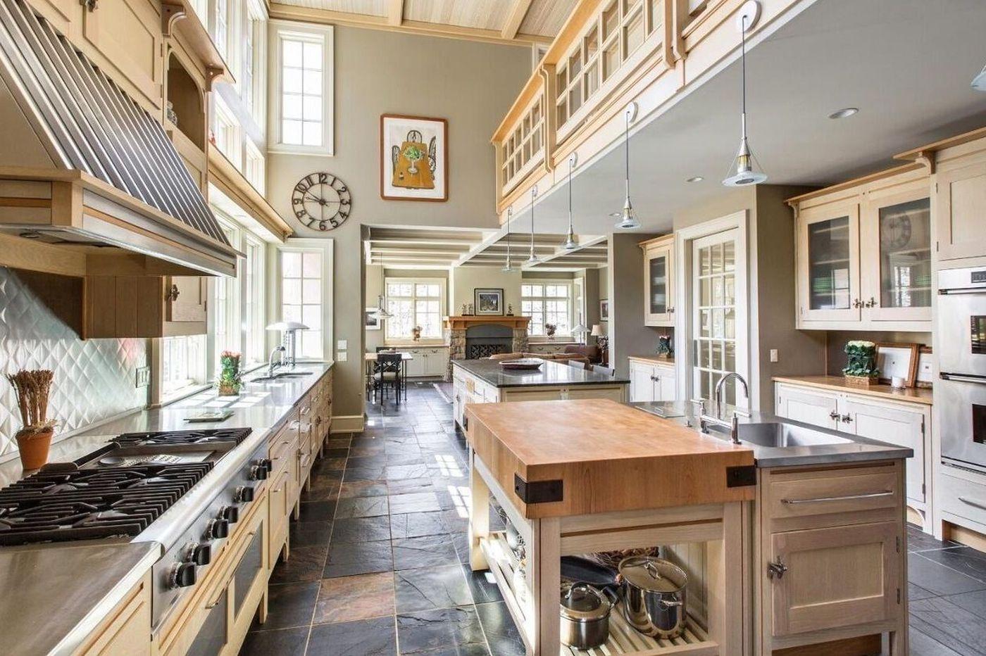 Three kitchens where you wouldn't mind prepping all day for Thanksgiving