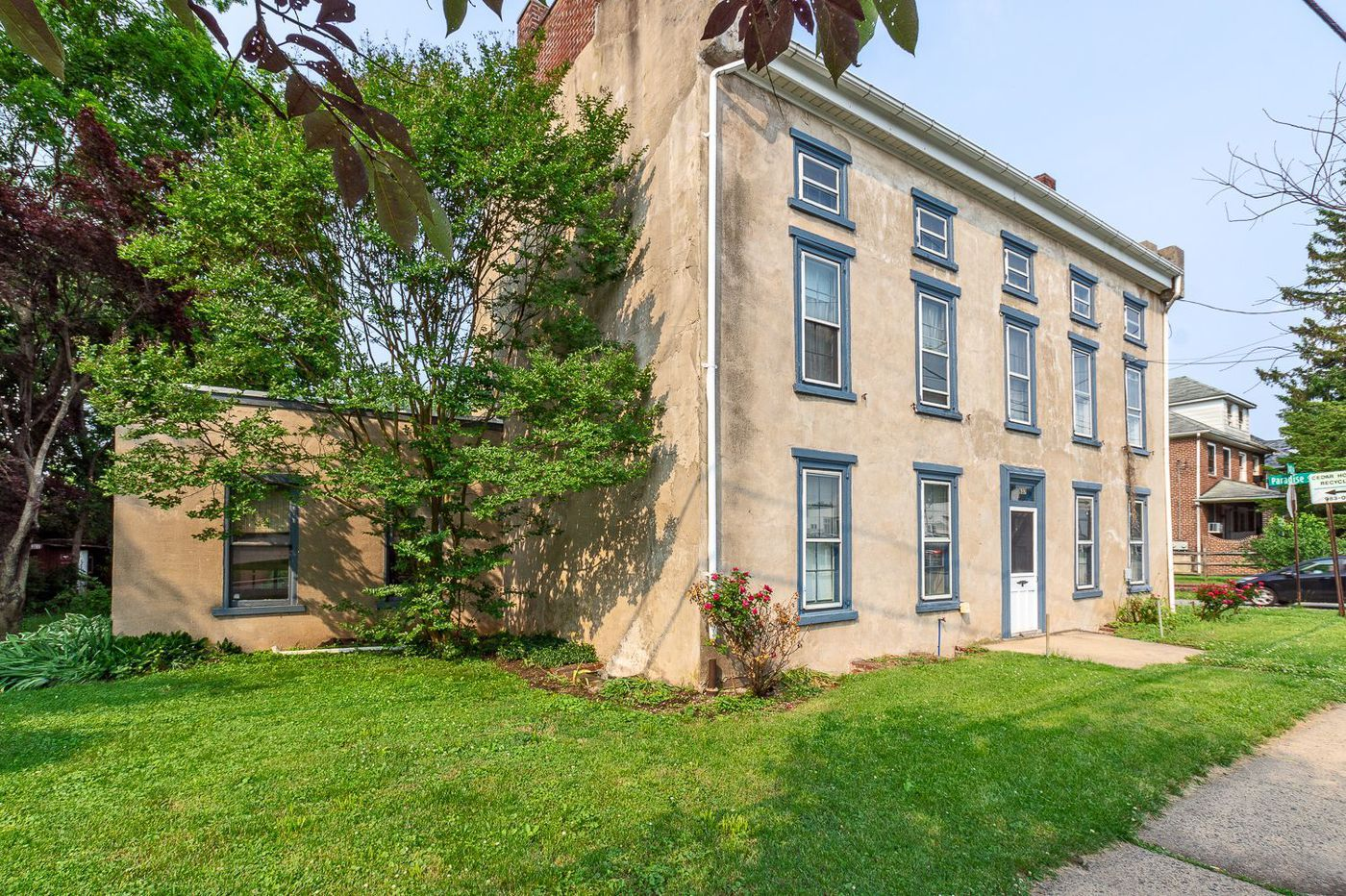 On the market: Large stone house in Phoenixville for $275,000