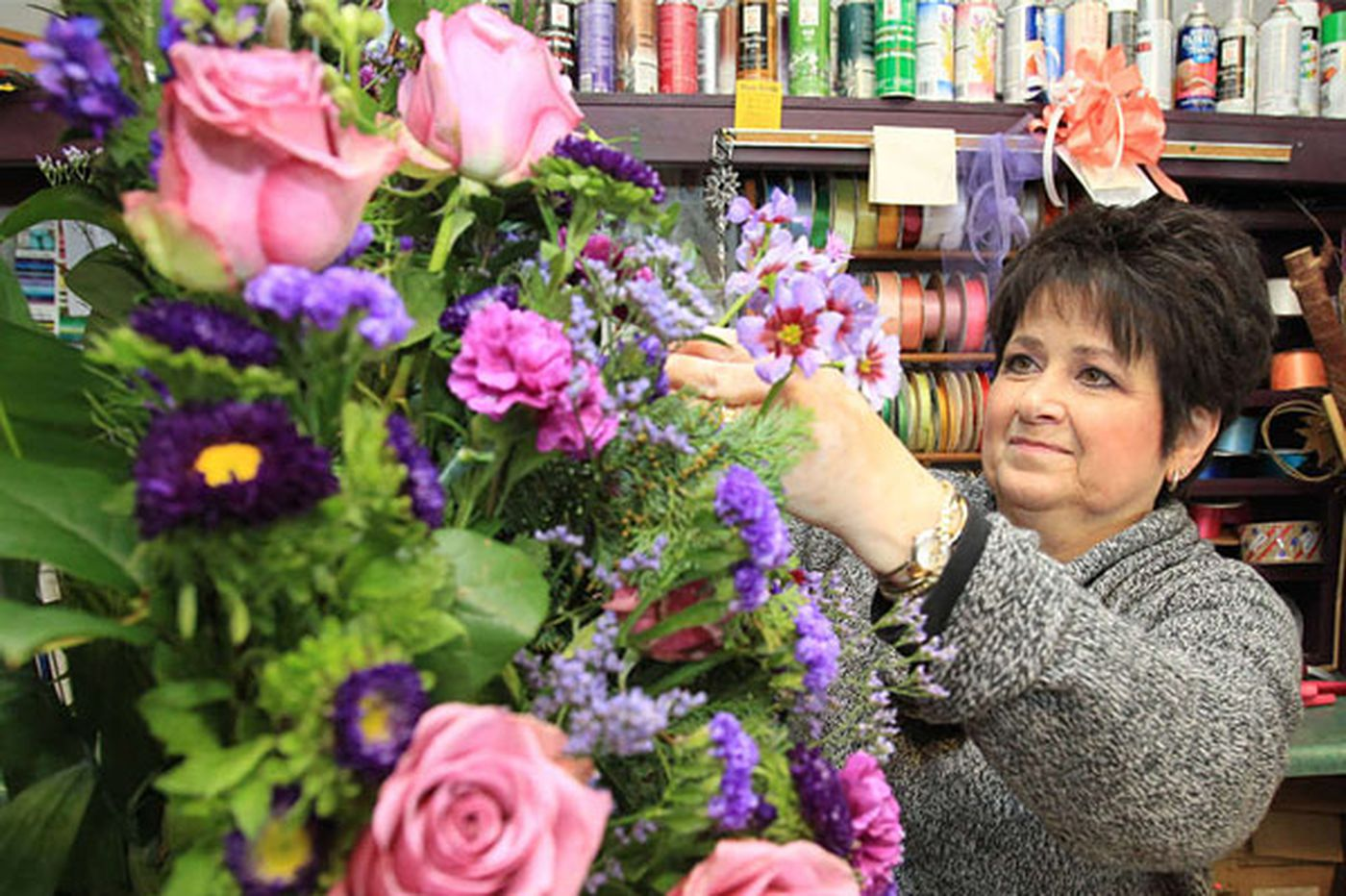 Local florists fight undercutting by online 'DOGs'