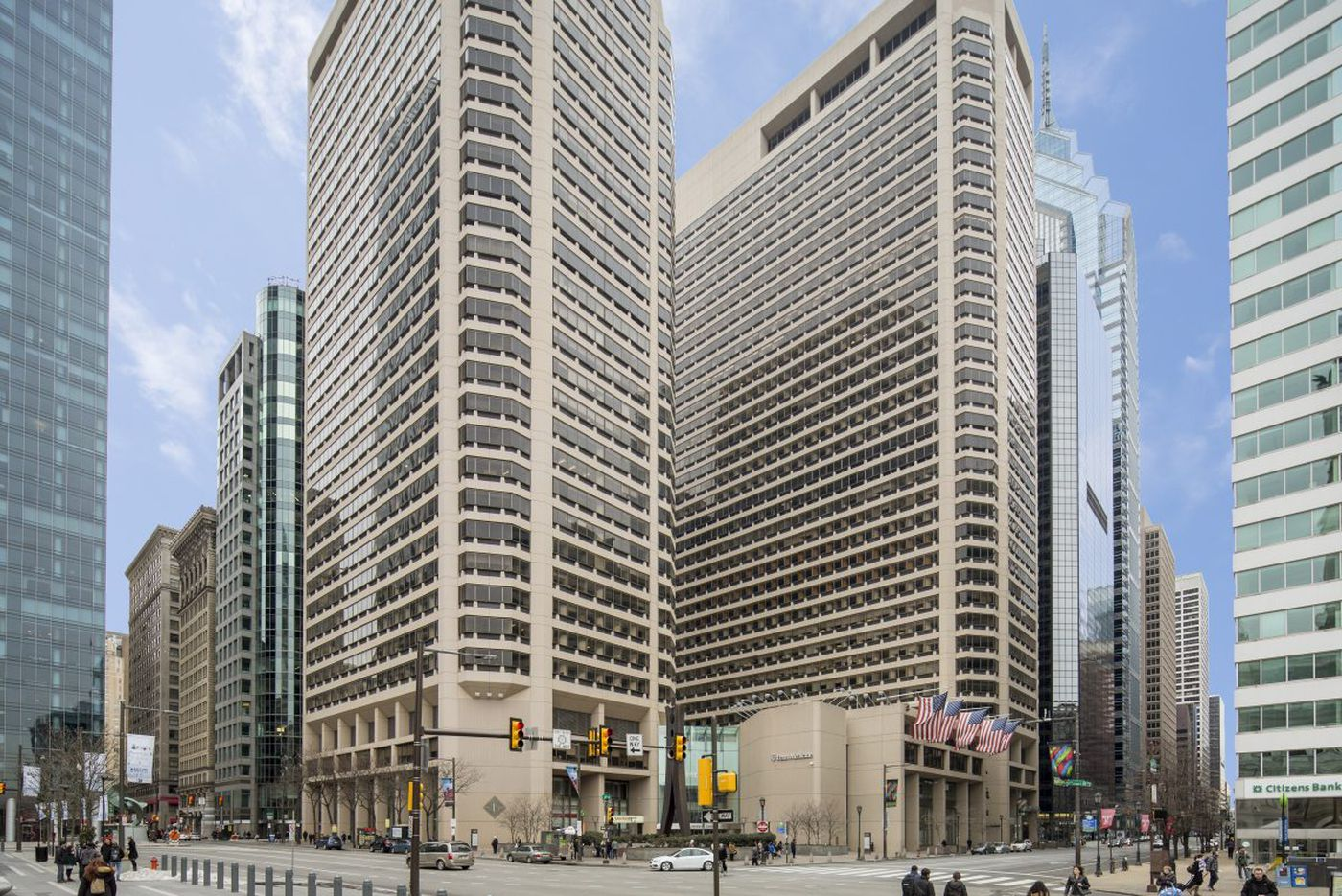 Philadelphia office complex Centre Square sells for $328 million