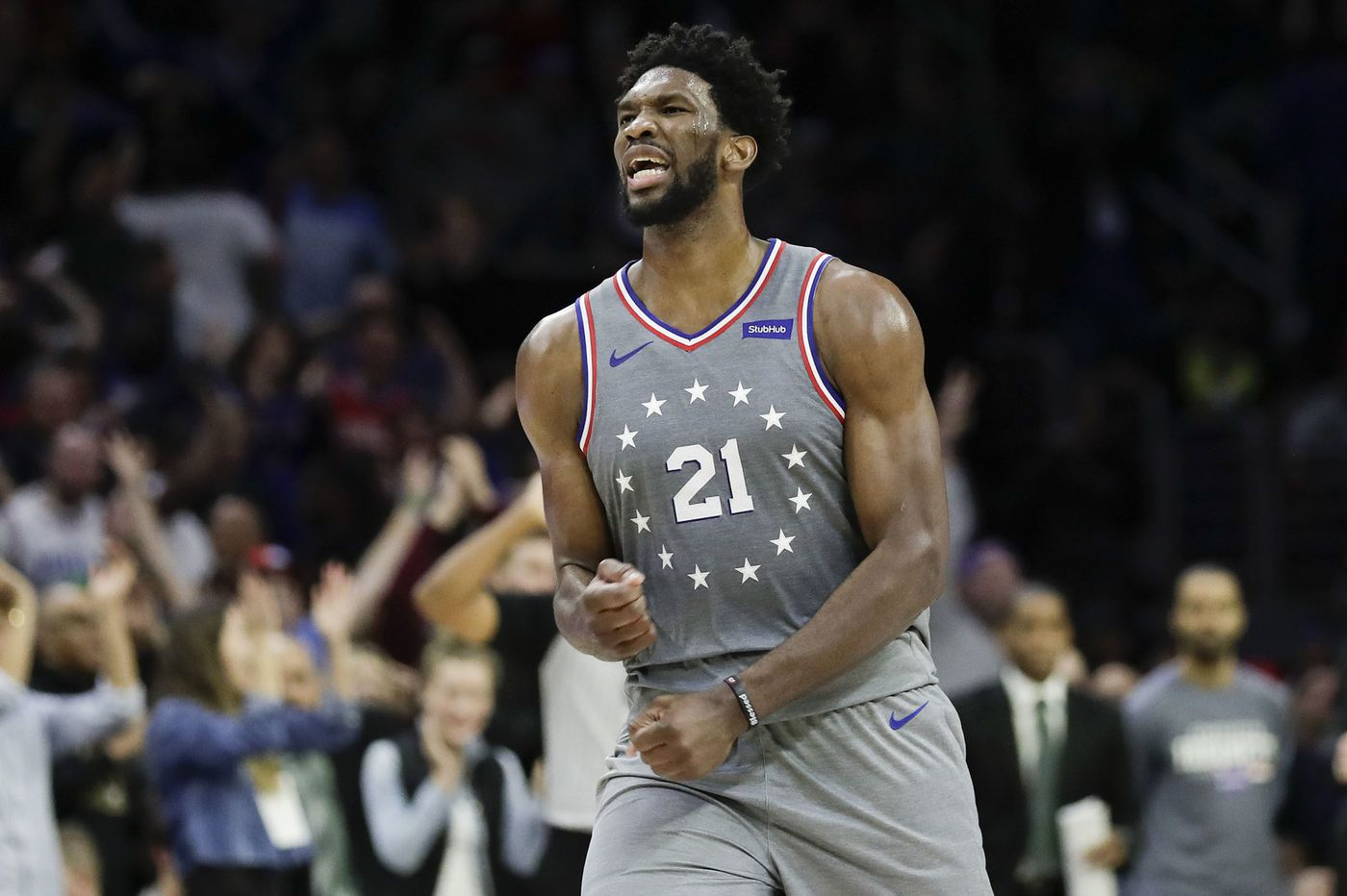 Joel Embiid leads Sixers over Hornets in overtime with 42 points