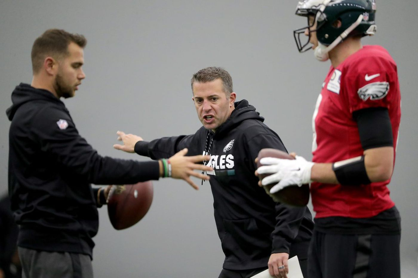 With no opponent to prepare for this week, Nick Foles and Eagles are scouting themselves | Early Birds