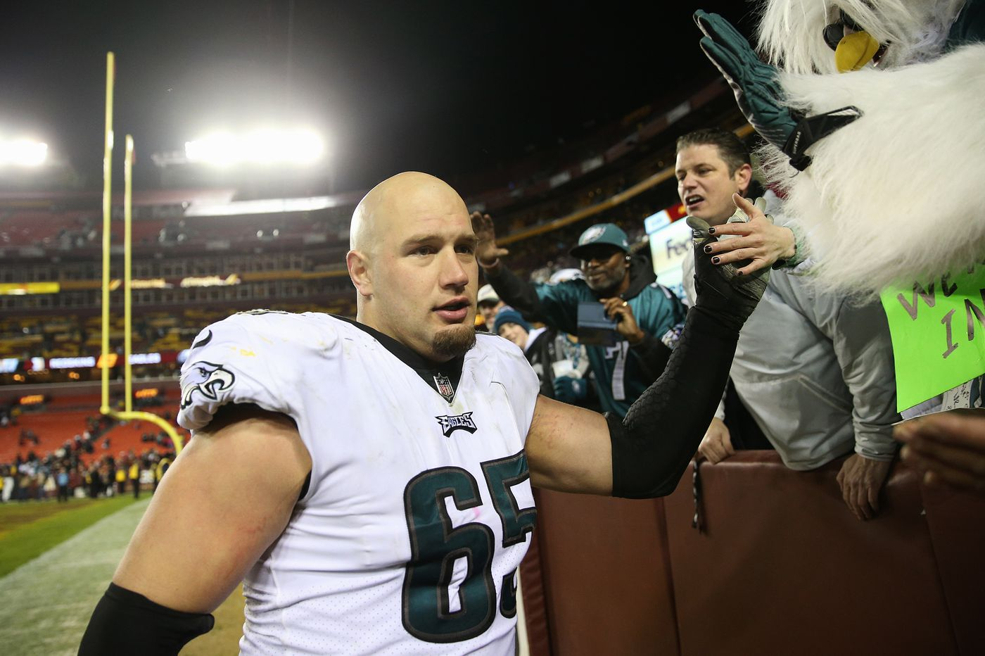 Lane Johnson donates $500,000 to East Texas junior college where he played quarterback