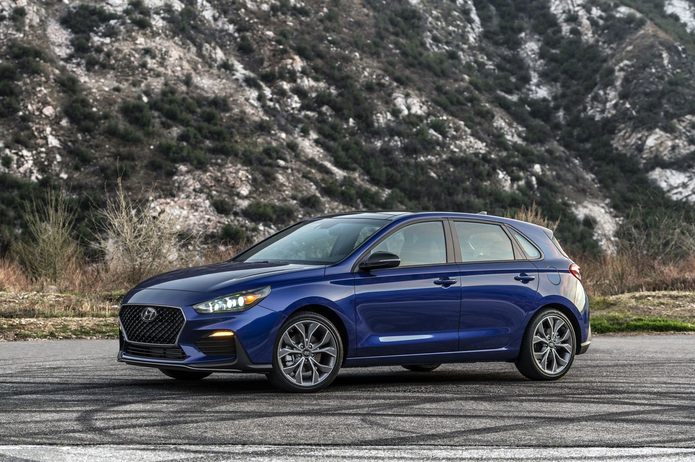 2020 hyundai elantra gt n line offers fun on a budget 2020 hyundai elantra gt n line offers