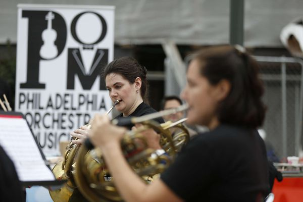 Orchestra board OK's new contract; players play pop-up concerts all over town