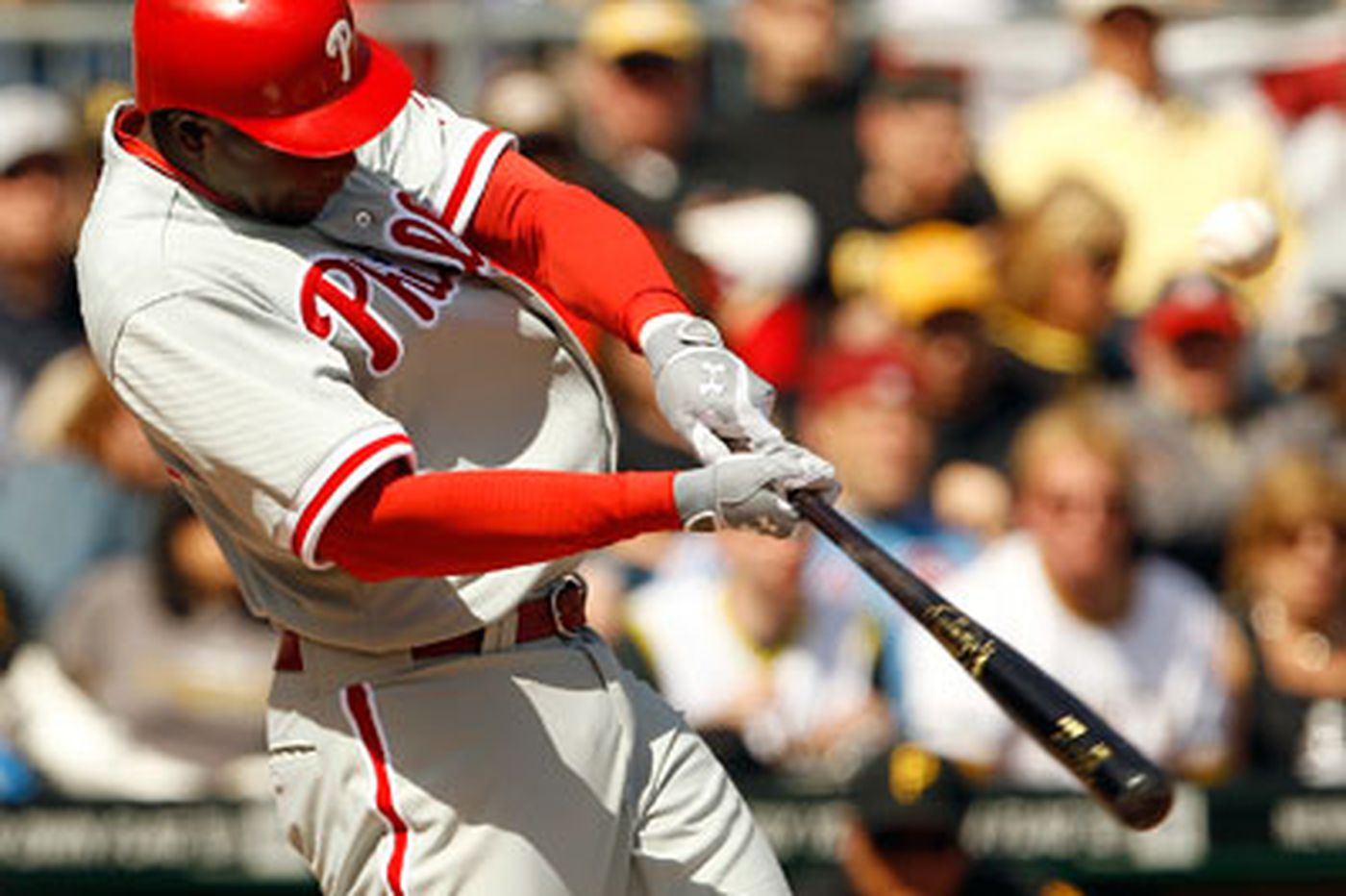 Phillies' Mayberry struggling at the plate