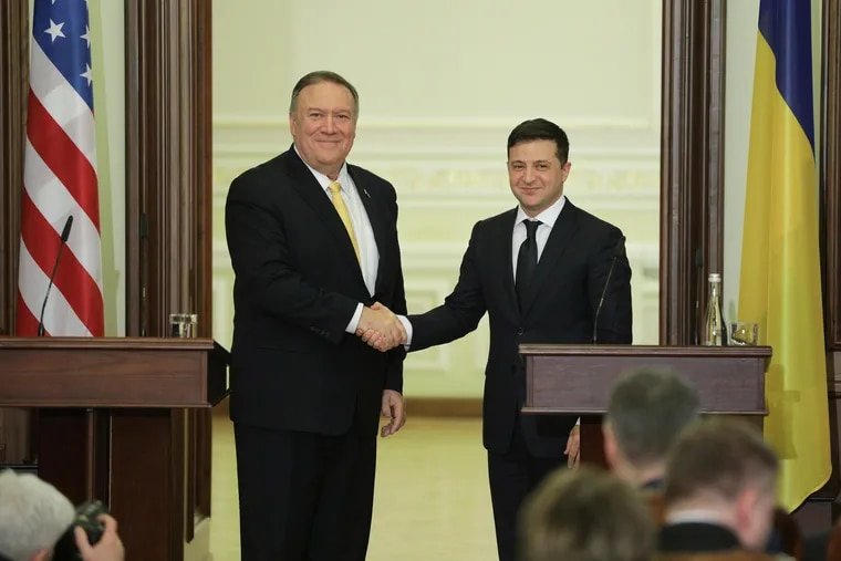 Mike Pompeo and President Volodymyr Zelensky hand shake after their meeting in Kyiv, Ukraine, January 31, 2020.  (Sergii Kharchenko/Zuma Press/TNS)