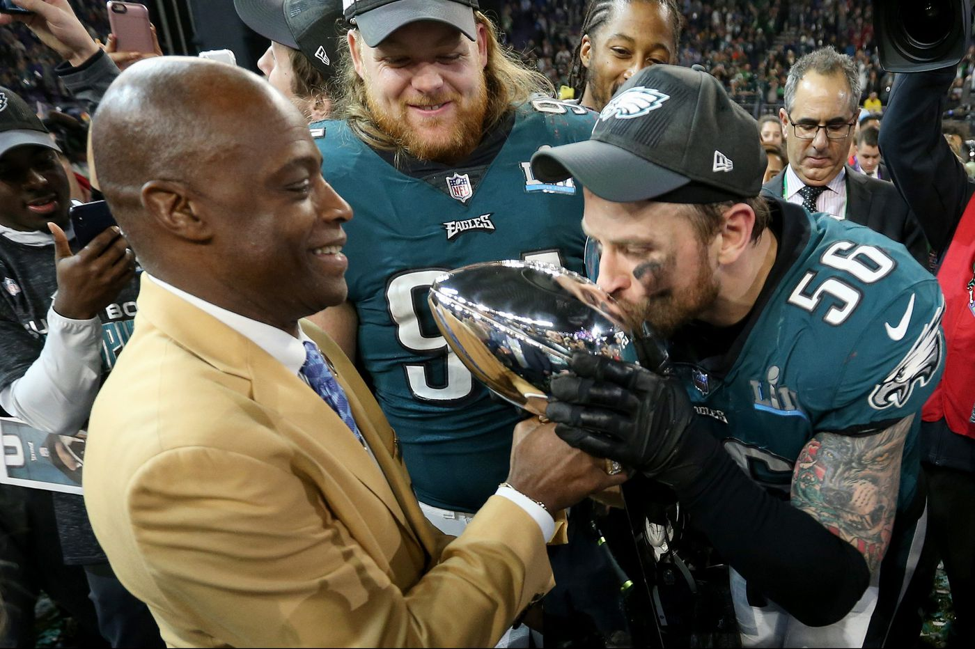 f9f2697a6 Eagles  Chris Long might not mention the Super Bowl when he sees his old  Patriots friends  No Alshon Jeffery update