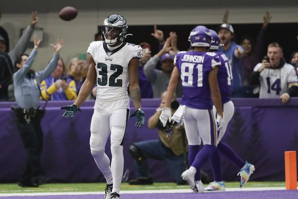 Eagles fans call for Jalen Ramsey trade as Vikings' Stefon Diggs fries Birds' defensive backs