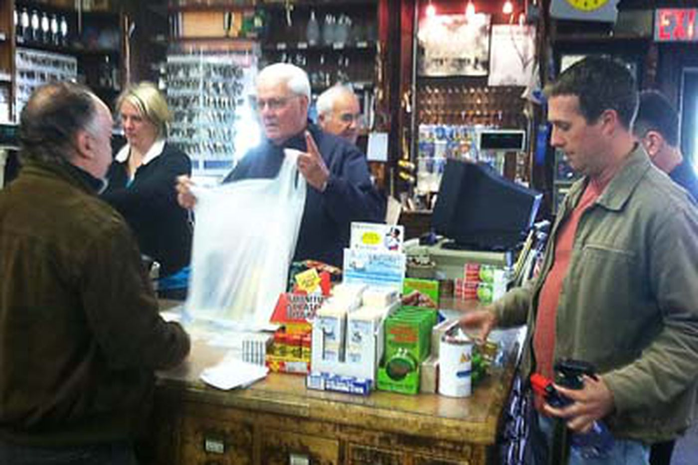 'Cash mob' helps sales at the Newtown Hardware House