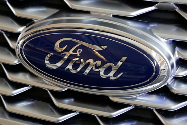Ford invests $900 million to build electric vehicles in Michigan