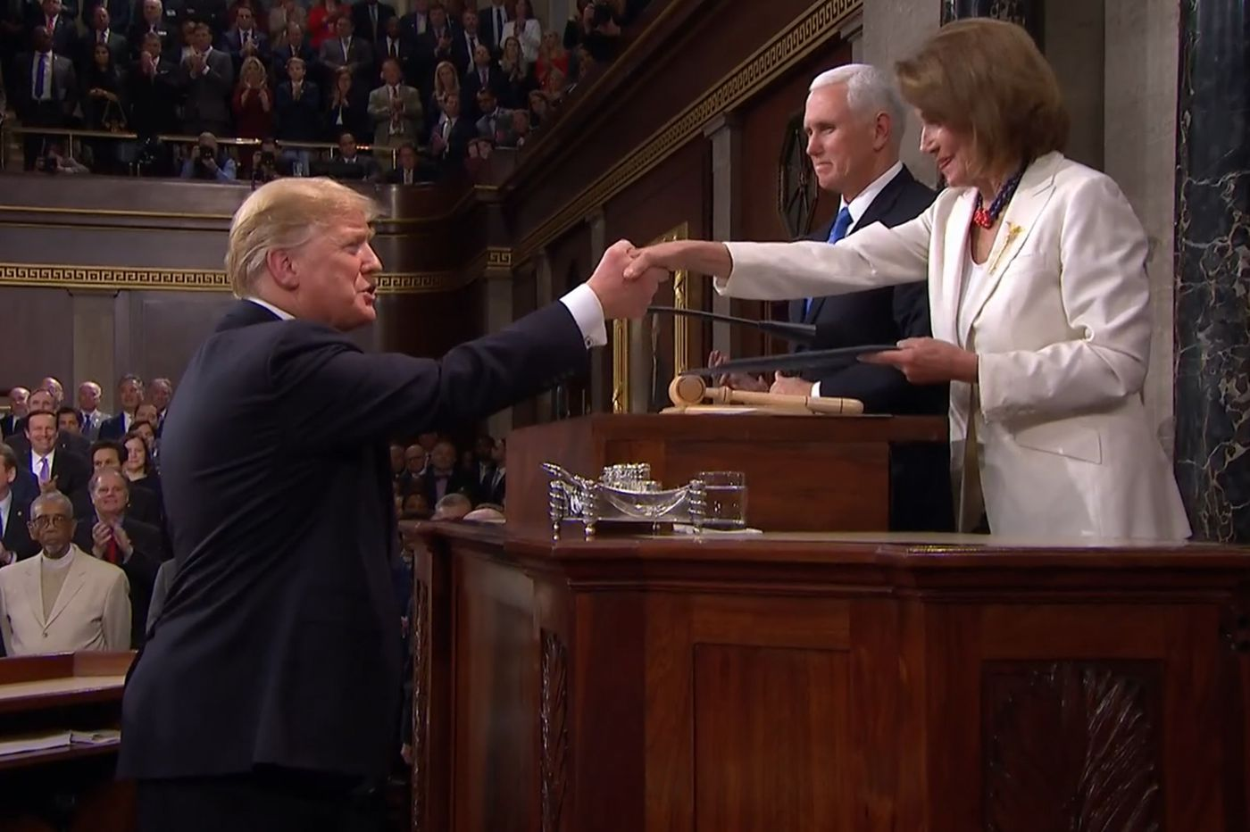 Trump draws groans when State of the Union turns from 'unity' to 'caravans'