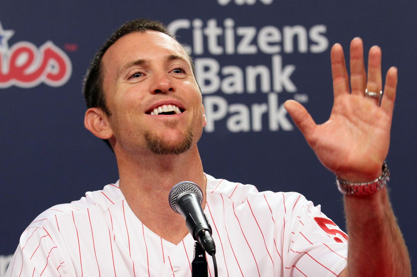 Brad Lidge shares advice with young bullpen as Phillies prepare for second-half pennant chase