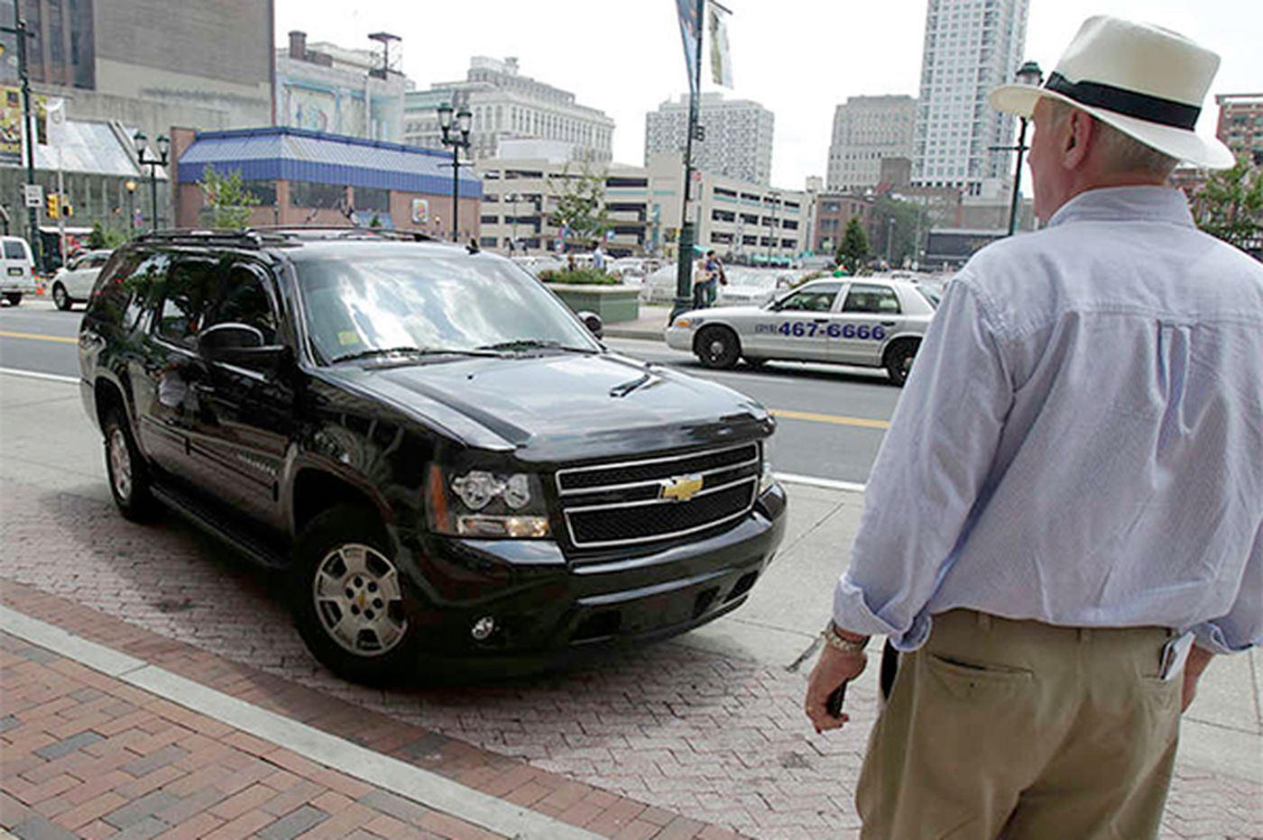 Two PUC judges: Bar ride-sharing Uber from Pa.