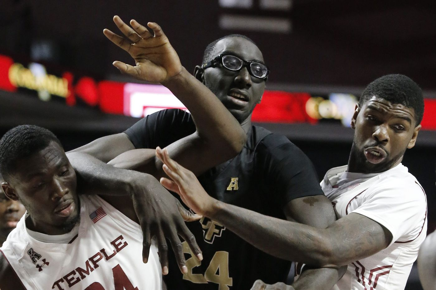 1718fd41329 UCF's 7-foot-6 center, Tacko Fall, looking to make a big return