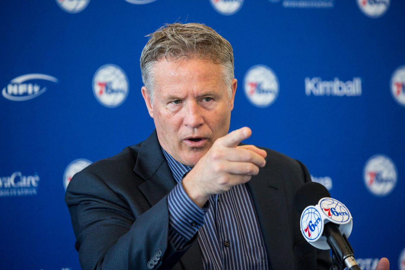Brett Brown, after earning the Sixers' trust, deserves his imminent contract extension | Mike Sielski
