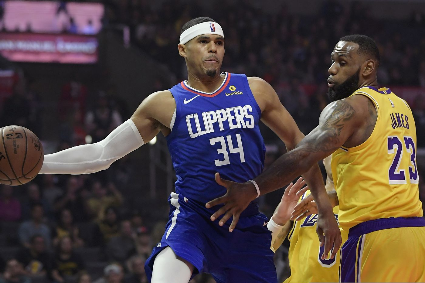 Sixers trade three players to Clippers for Tobias Harris