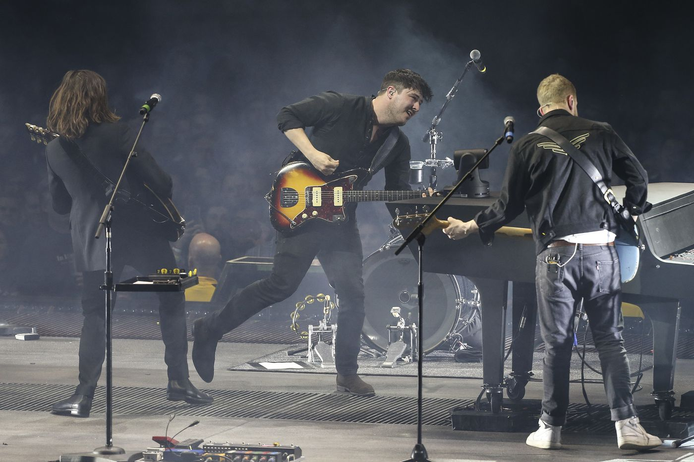 Review: Mumford & Sons kick off U.S. tour with a sold-out show in South Philly