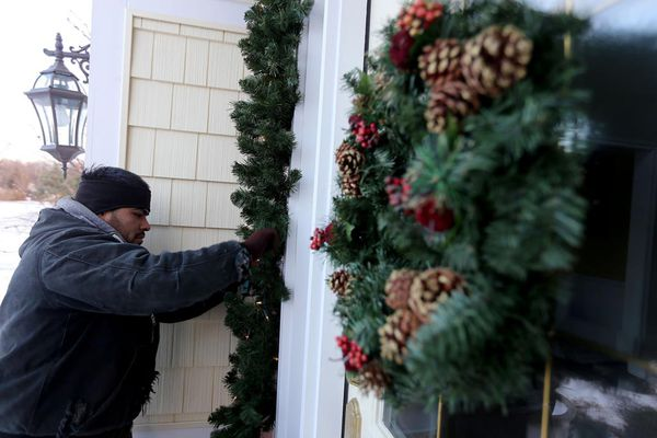 'Tis the season to pay someone to decorate your home for holidays