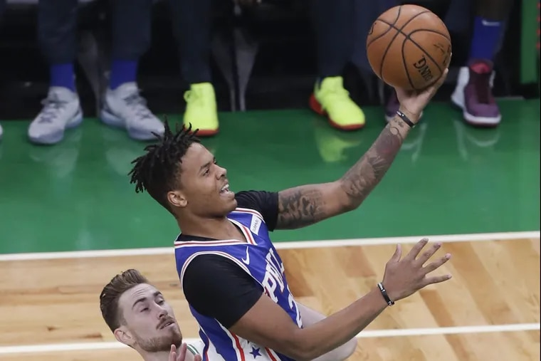 Markelle Fultz tries to put a layup past the Celtics' Gordon Hayward during the first quarter on Tuesday.