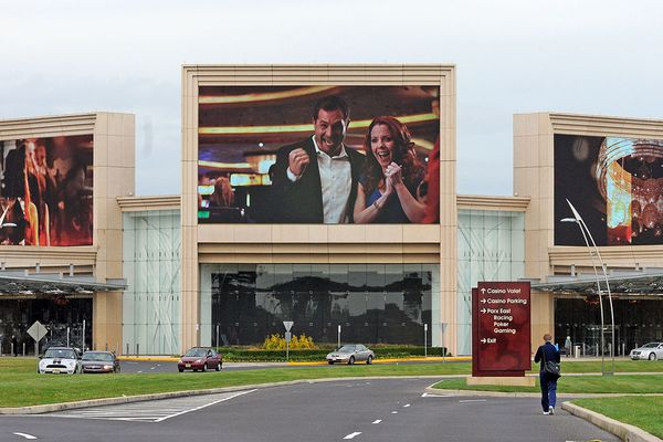 Parx, SugarHouse, Hollywood casinos set to launch online gambling this week