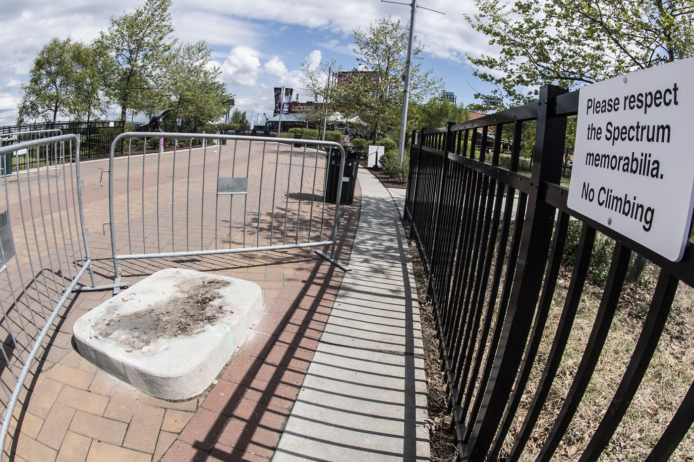 Where is the Kate Smith statue? Flyers' plans still undetermined.