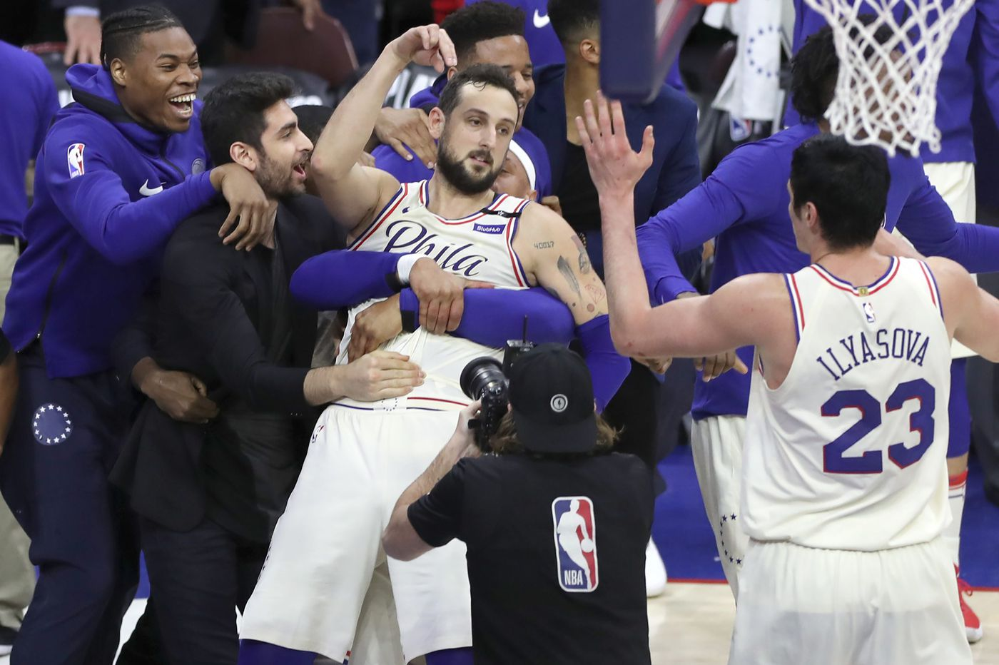 Marco Belinelli signs with Spurs, leaves Sixers in NBA free agency