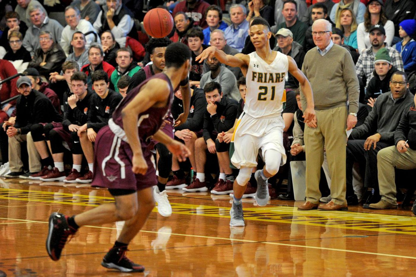 Sunday's Pa. roundup: Bonner-Prendergast boys' basketball clips West Catholic behind Isaiah Wong's heroics