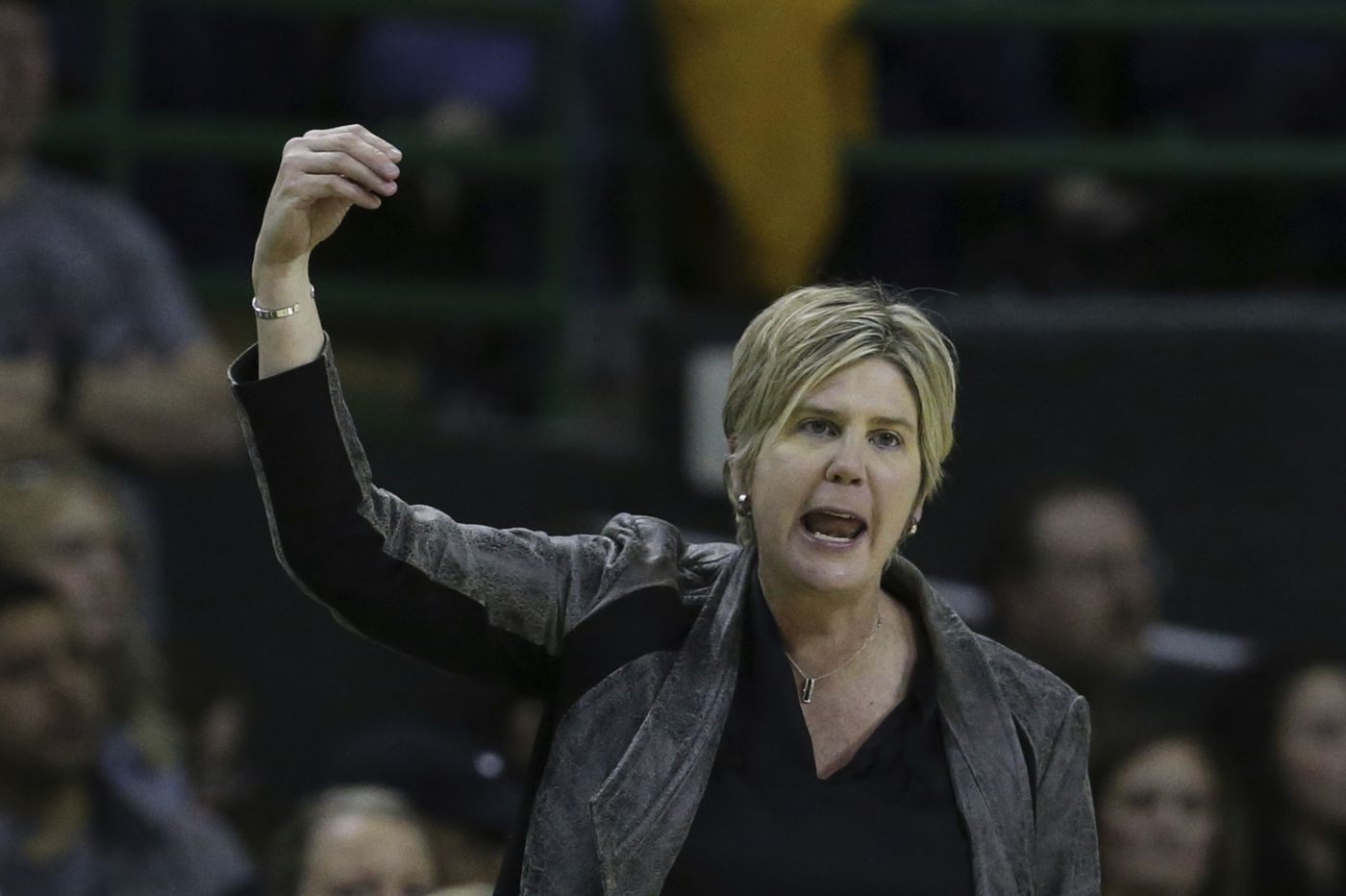 Texas Tech women's basketball players describe toxic culture under Marlene Stollings, Melanie Newman makes history for Orioles, and other sports news
