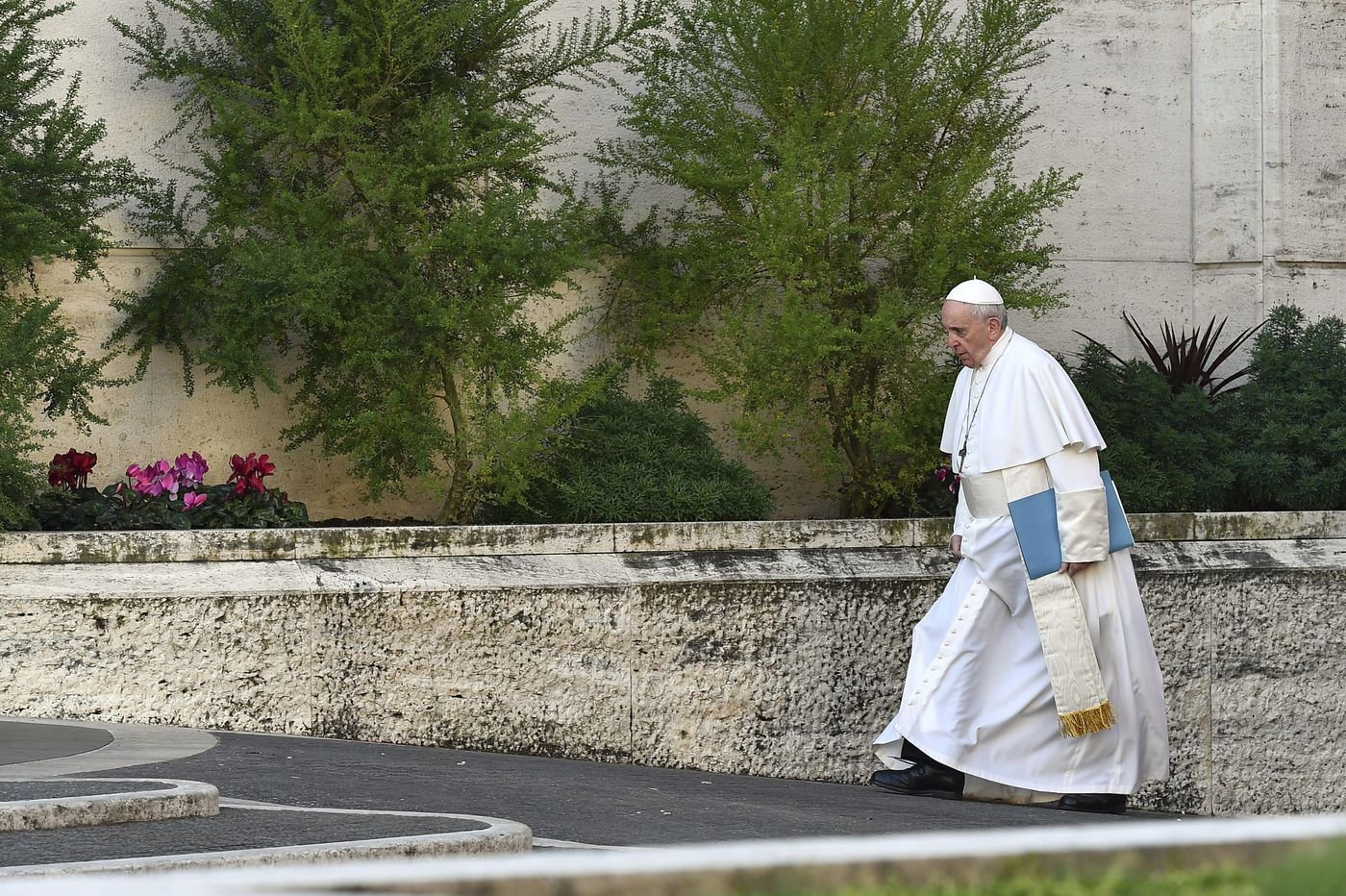 Pope Francis seeks solutions, victims skeptical as historic clergy sex-abuse summit opens in Rome